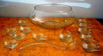 Punch bowl 14 pcs.
